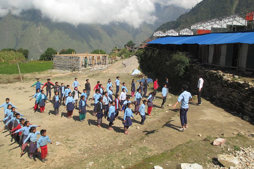 2020-03-18_nepal-tipling_school