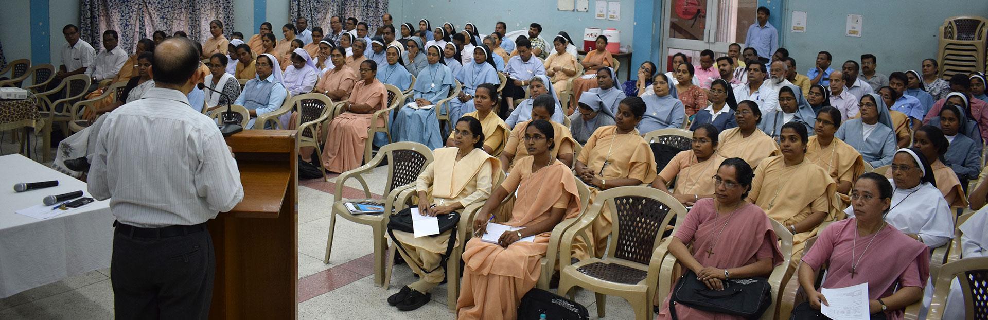 Promover la justicia por medio de la asistencia jurídica en la India